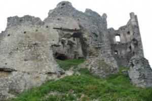 hrad Brekov
