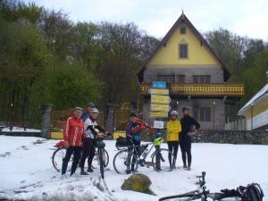 P1160099 prekvapenie  sneh