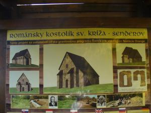 P1170801-románský kostolík sv.Kríža - Senderov